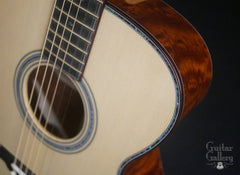 Osthoff OM The TREE Mahogany guitar binding