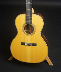 Martin SS-00L Art Deco guitar top