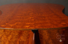 Thompson TMD guitar down quilted mahogany back