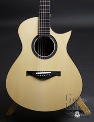 Tom Sands guitar
