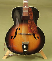 Vega Guitar: Tobacco Sunburst D26 Duo Tron