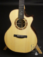 Sheppard Ave Maria GC Guitar front