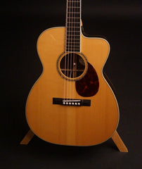 Bourgeois OMC 150 guitar at Guitar Gallery