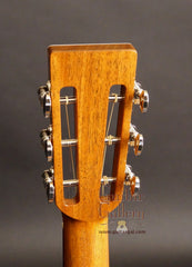 Froggy Bottom guitar headstock