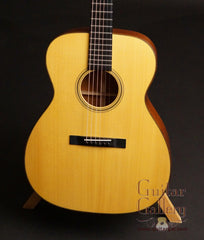 Martin Custom Shop 0000 Guitar