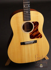 Ted Davis guitar Red spruce top