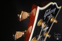 Gibson Doves in Flight guitar engraved tuners