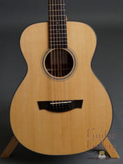 Flammang 12 String guitar front closeup