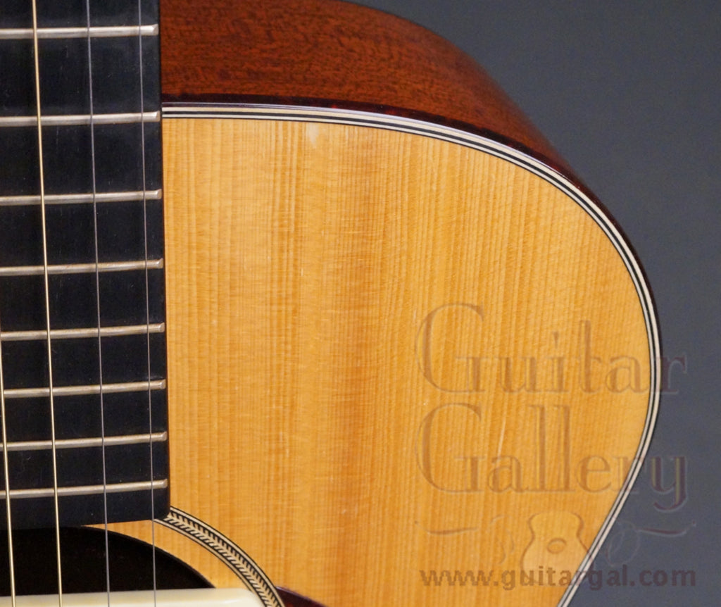 Flammang Guitar: Used GC30