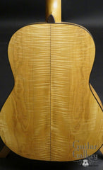 Greven guitar maple back