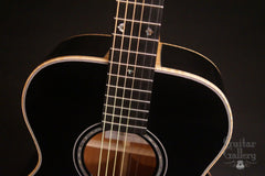 Froggy Bottom black H14 guitar at Guitar Gallery