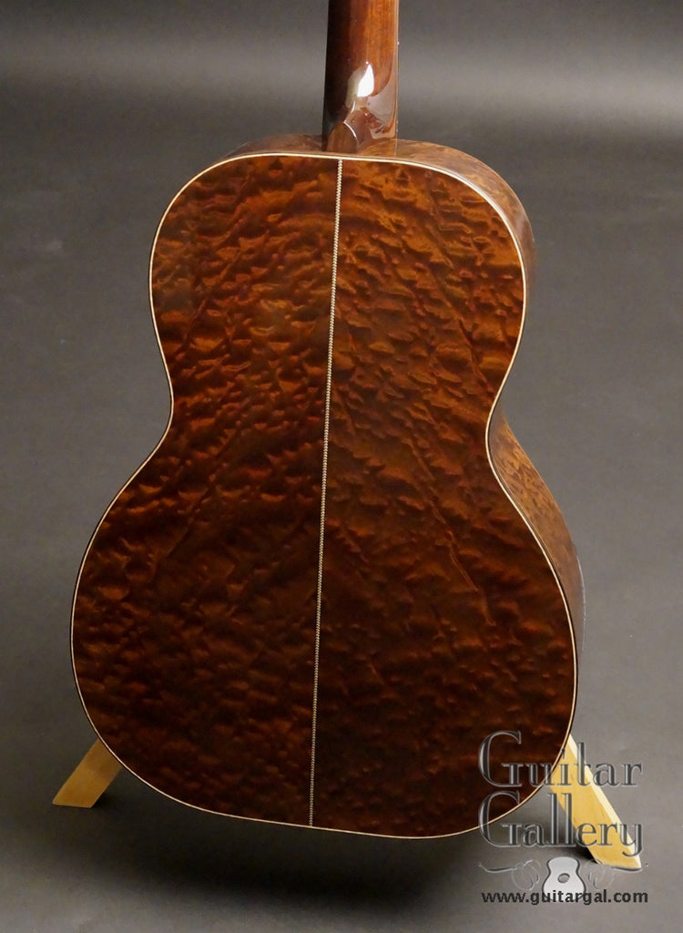 Huss and Dalton 000 guitar Sapele back