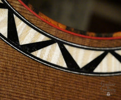 Maingard Crossover guitar Ndebele rosette