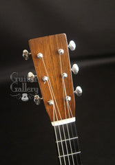 Merrill OM-18 guitar headstock