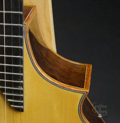 The Oneida guitar cutaway
