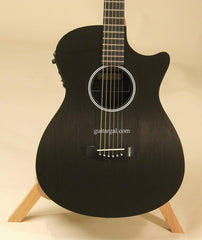 Rainsong Guitar: Black Graphite SG Shorty