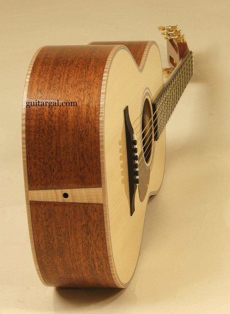 Froggy Bottom Guitar: Mahogany L Deluxe