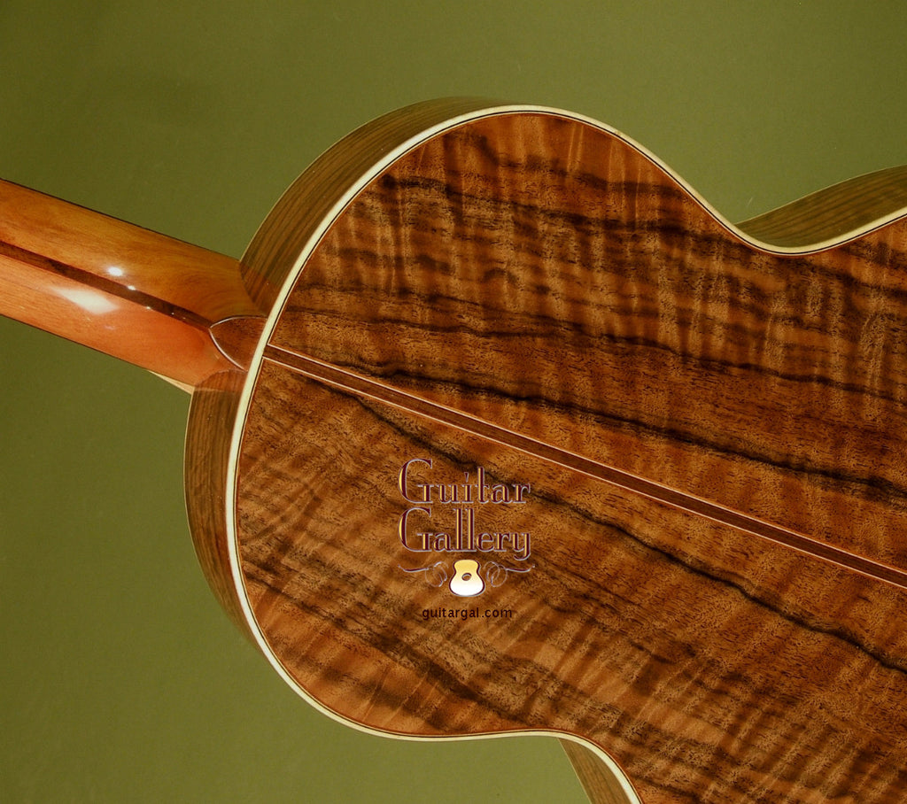 Lowden Guitar: Figured Walnut S35 Premier