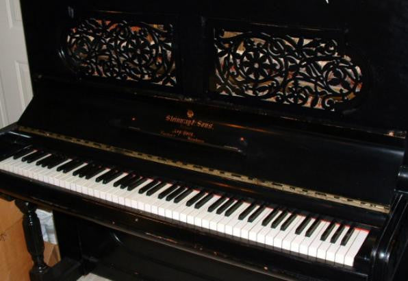 Steinway Keyboards: Ebonized upright