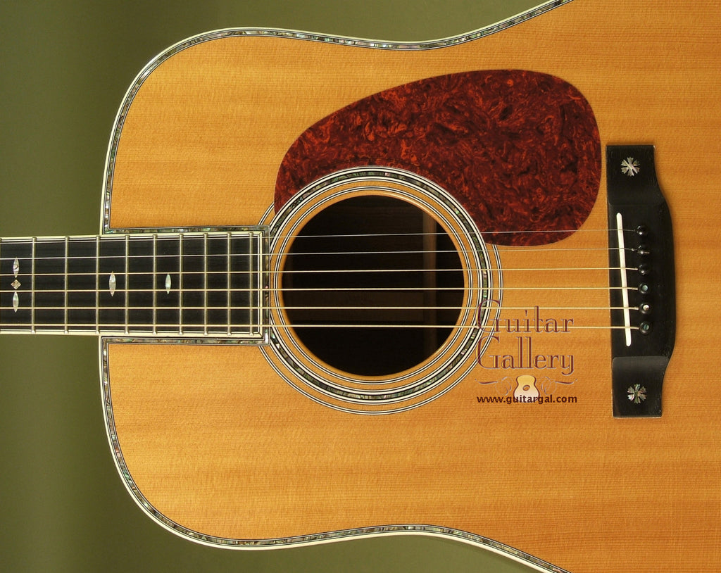 Martin Guitar: Aging Toner on Top D-42