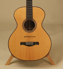 TRAUGOTT Guitar: Used Brazilian Rosewood 000-12