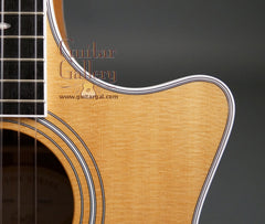 Taylor Guitar: Used Ovangkol 414ce-N