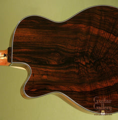 Schwartz Guitar: Used Brazilian Rosewood Oracle