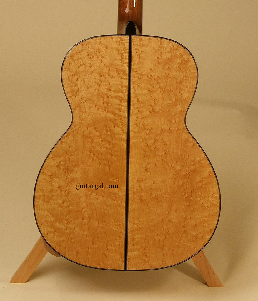 Beneteau Guitar: BirdsEye Maple M