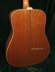 Froggy Bottom Guitar: Mahogany D