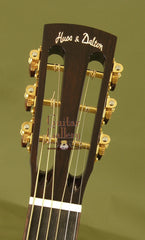 Huss & Dalton 000-SP guitar headstock