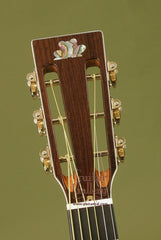 Froggy Bottom Guitar: Mahogany P12 Deluxe