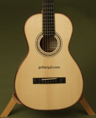Hoffman 0-12 parlor guitar close up