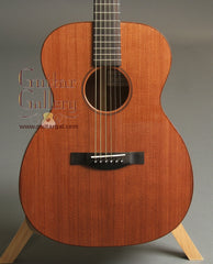 Santa Cruz Guitar: Used Mayan Walnut Sunburst OM