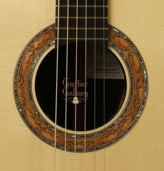 Greenfield Guitar: 200 Yr Old Brazilian R. G2 Reserve Edition