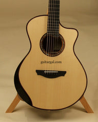 Simpson Guitar: Used Brazilian Rosewood SJ