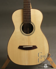 Chasson Guitar: Used Adirondack Spruce top Parlor