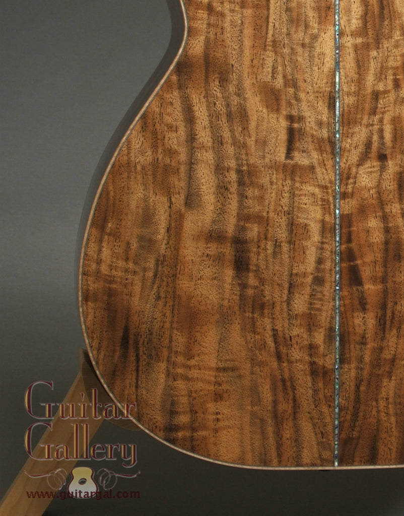 Froggy Bottom Guitar: Used Bastogne Walnut C Deluxe