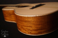 Froggy Bottom R12 guitar side detail