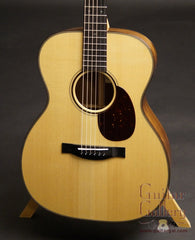 Santa Cruz OM guitar w Moon spruce top