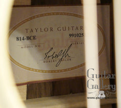 Taylor 814-BCE 25th anniversary guitar label