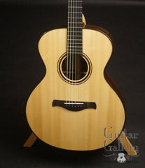 Traugott model R guitar German spruce top