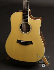 Taylor W10-ce guitar front