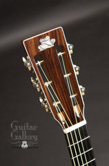 Froggy Bottom P12 Dlx Walnut Guitar headstock