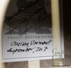 Froggy Bottom P12 Dlx Walnut Guitar label