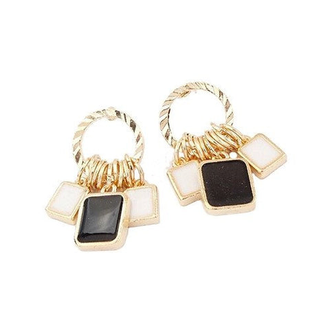 "Earrings,Jewelry - Lola ""Lively"" Gold Drop Earrings"
