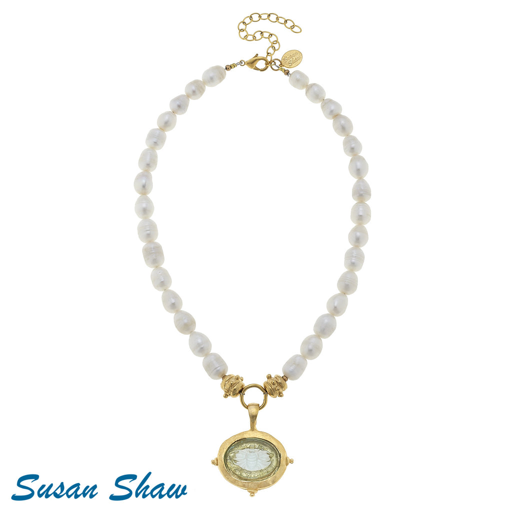 Susan Shaw Clear Venetian Glass Bee Intaglio on Genuine Freshwater Pearl Necklace