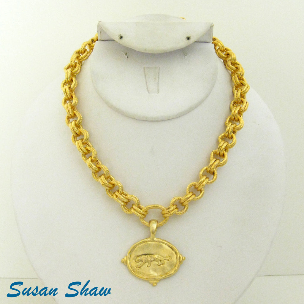 Susan Shaw Jewelry Tiger Necklace, Tiger Charm Pendant in Gold