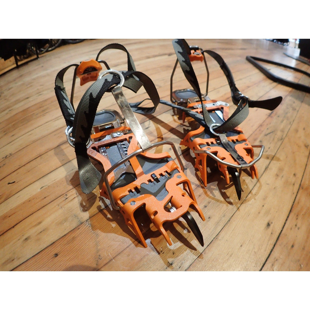 Camp Blade Runner Crampon Demo