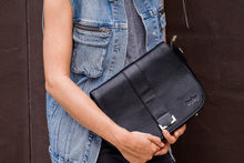 Load image into Gallery viewer, ivyivy original black shoulder bag