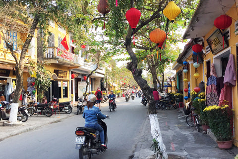 Travelbay Blog - Snapshot Hoi An - Streets of Hoi An